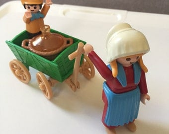 Playmobil 5501 Victorian farmer's wife and child small playset
