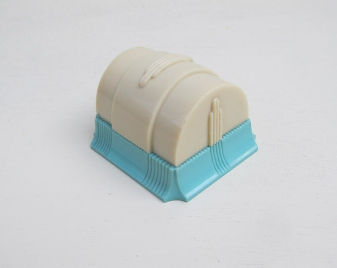 Art deco ring box, cream and blue colorful plastic engagement ring box, early plastic celluloid bakelite presentation box by W & S New York