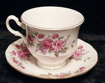 Vintage Queen Anne Teacup and Saucer.