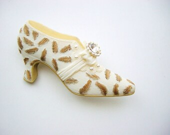 Victorian Shoe Brooch by The Leonardo Collection
