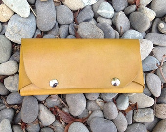Glasses case - Chartreuse - Leather Handmade