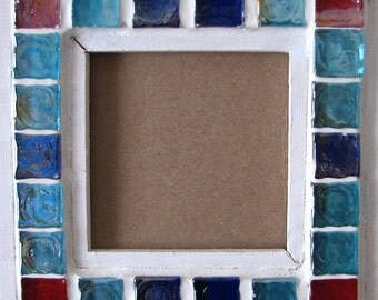 White, blue and Red mosaic border