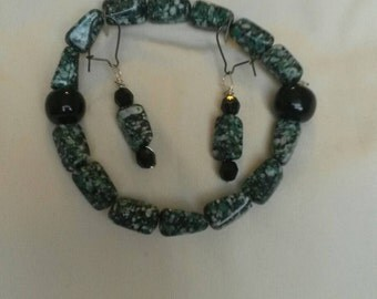 Green marble - esque bracelet and earrings