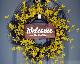 Welcome Door Sign | Personalized Wedding Sign | Personalized Family Sign | Last Name Sign | House Warming Sign l Wreath Sign
