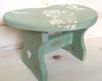 Heart Step Stool, Country Step Stool, Green, Flower Design