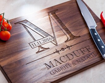 Personalized Cutting Board - Custom Cutting Board Engraved Cutting Board Personalized kitchen Wedding Gift Housewarming Gift Engagement Wood
