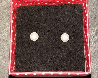 925 Sterling Silver Freshwater Pearl Earrings