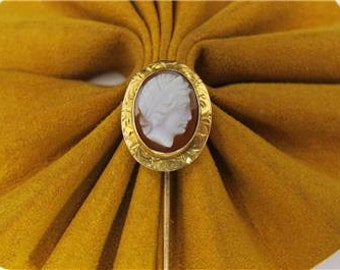 Vintage cameo STICK Hat PIN ESTATE Carved  Yellow Gold