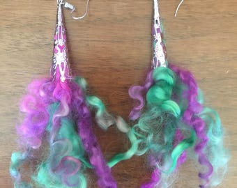 Dyed fleece earrings - Lilac bloom