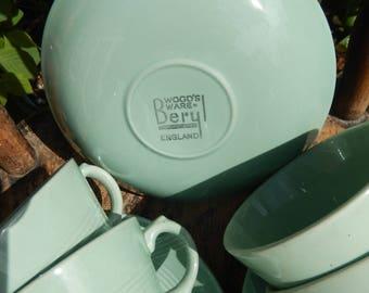 Vintage Beryl Set of 6 x Tea Cups and Saucers, Green 1940s Tea Cups, England, Teatime, Parties,