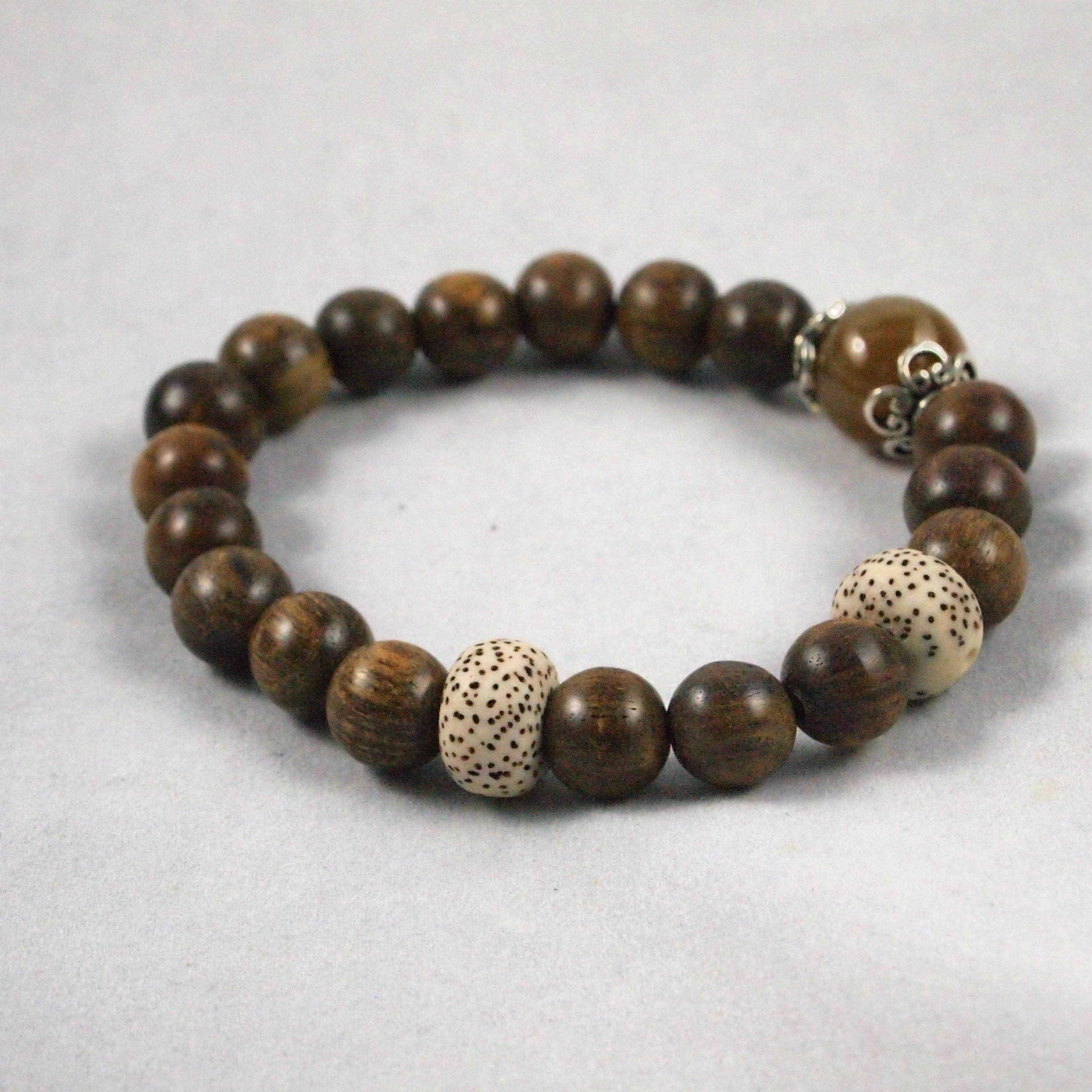 tree img eye bracelet buddha product tiger under honoring necklace the sacred bodhi