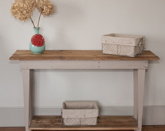 Rustic Sofa/Foyer Table, Farmhouse Table, Pallet Wood, Rustic Furniture, Rustic Home Decor, Gray Table