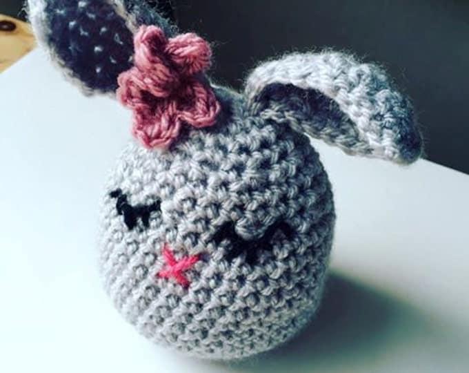 Crochet Kit - Easter Bunny - Amigurumi - full video tutorial available!