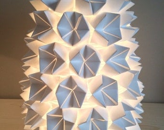 """Table/night light lamp """"casseroles"""" in white origami paper"""
