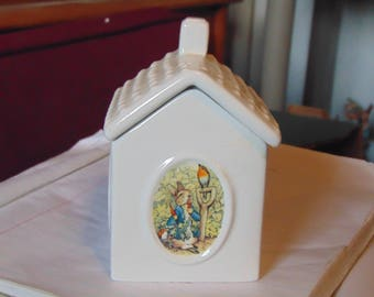 Peter Rabbits Bunny Hutch  the roof lifts off for treasures mader by  Ruetters Porcelain Germany