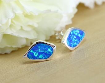 Tiny blue Opal Stud Earrings,blue earrings,Stud earrings,Opal Earrings,Everyday earrings,blue opal stud silver earrings