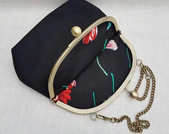 Black Kiss Clasp Clutch Bag/Purse/Evening Bag/Prom Bag