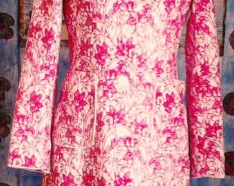 Vintage coat, red-white vintage coat Coat with floral motifs, elegant coat, vintage coat in red and white, Unique coat.