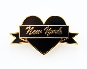 I Heart New York – Black & Gold City Pin
