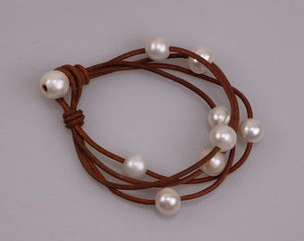 Women Freshwater Pearl Stone Bracelet,Black or Brown Leather Pearl Bangle,Knotted Pearls Jewelry,Round Beaded Bracelet,Adjustable Wristband,