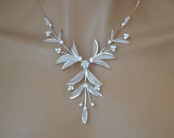 "Set of ""Love petals"",Rhinestone Jewelry Set, Crystal Wedding Necklace Set, bridal jewelry set, wedding jewelry set, bridesmaid jewelry set."