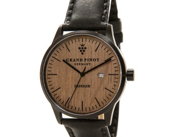 Watch from wine barrel from Grand Pinot (model CHARACTER) black with black strap