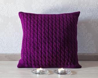 Cable knit pillow cover. Decorative pillow 45x45. Knit home décor. Deep purple knit pillow