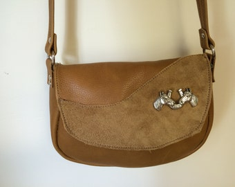 Small purse with horse concho