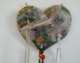 Comic necklace Organizer
