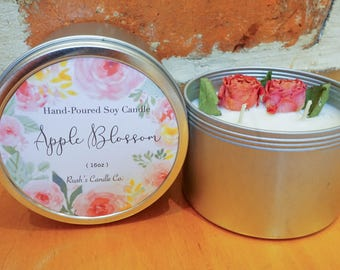 Ruah's Candle >> 14oz Tin Dried Flower Decorated Soy Candle