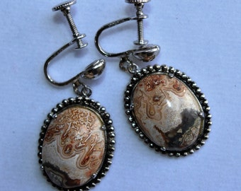 Vintage Picture Agate Screw Back Earrings