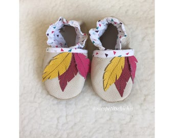 Feathers girl booties