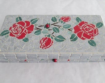 "Box in mosaic ""roses"""