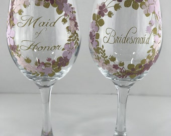 Custom Wedding Colors Maid of Honor and Bridesmaids Wine Glass