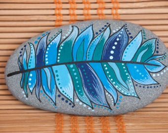 Painted Stone - Blue Feather, hand painted rock, blue feather painted on sea pebble, meditation stone, unique gift, rock art, home decor