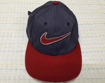 vintage NIKE SWOOSH EMBROIDERED cap adjustable
