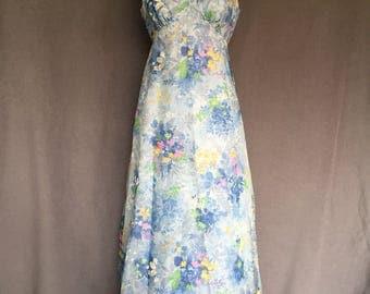 Vintage 60s Garden Dress Empirewaist Formal