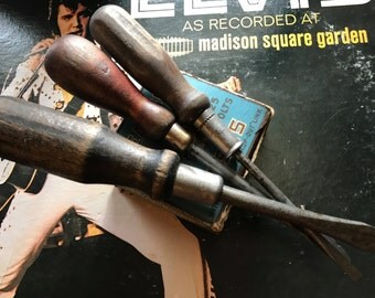 Set of 3 Vintage Screwdrivers - wood chisels - 1900s - carved wood handle - antique screwdrivers - vintage chisel - blacksmithing - woodwork