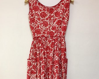 Lynbrook vintage 1960's red and off-white floral summer garden party DRESS rockabilly fit and flare