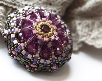 handmade brooch, beaded brooch, gift brooch, handmade jewelry