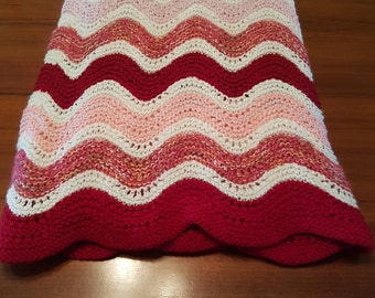 Hand Knitted Retro Swirl Stripe Red and Pink Throw Rug Girls Bedroom Baby Blanket Knee Rug