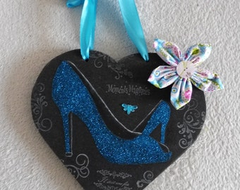 Heart in wood - wall decoration - pumps, sequin shoes, flower - blue