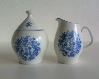Beautiful set from creamer and sugar bowl, Melitta, white blue, porcelain, birds of paradise, flowers, flowers, vintage