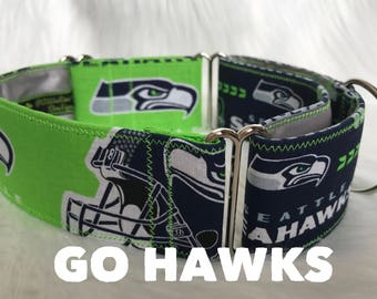 Go Hawks: two tone martingale, Seahawks dog collar