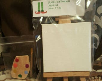 Doll size easel with paint set