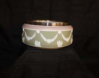 WW0052 Wedgwood Tricolor Jasper Bowl with Beaded Silver Plate Rim.
