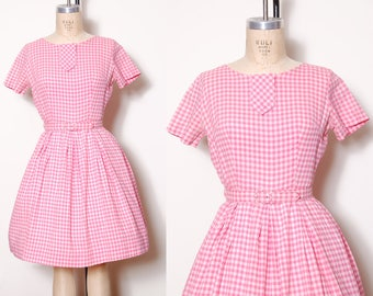 Vintage 60s pink gingham dress /  fit & flare dress / short sleeve belted dress / summer picnic dress