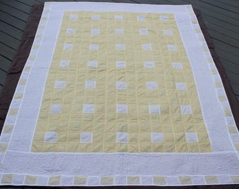 Yellow Gingham Quilt