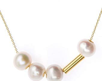 Necklace & pearls