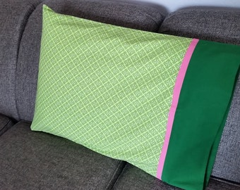 Green-Pink Surprise Pillowcases
